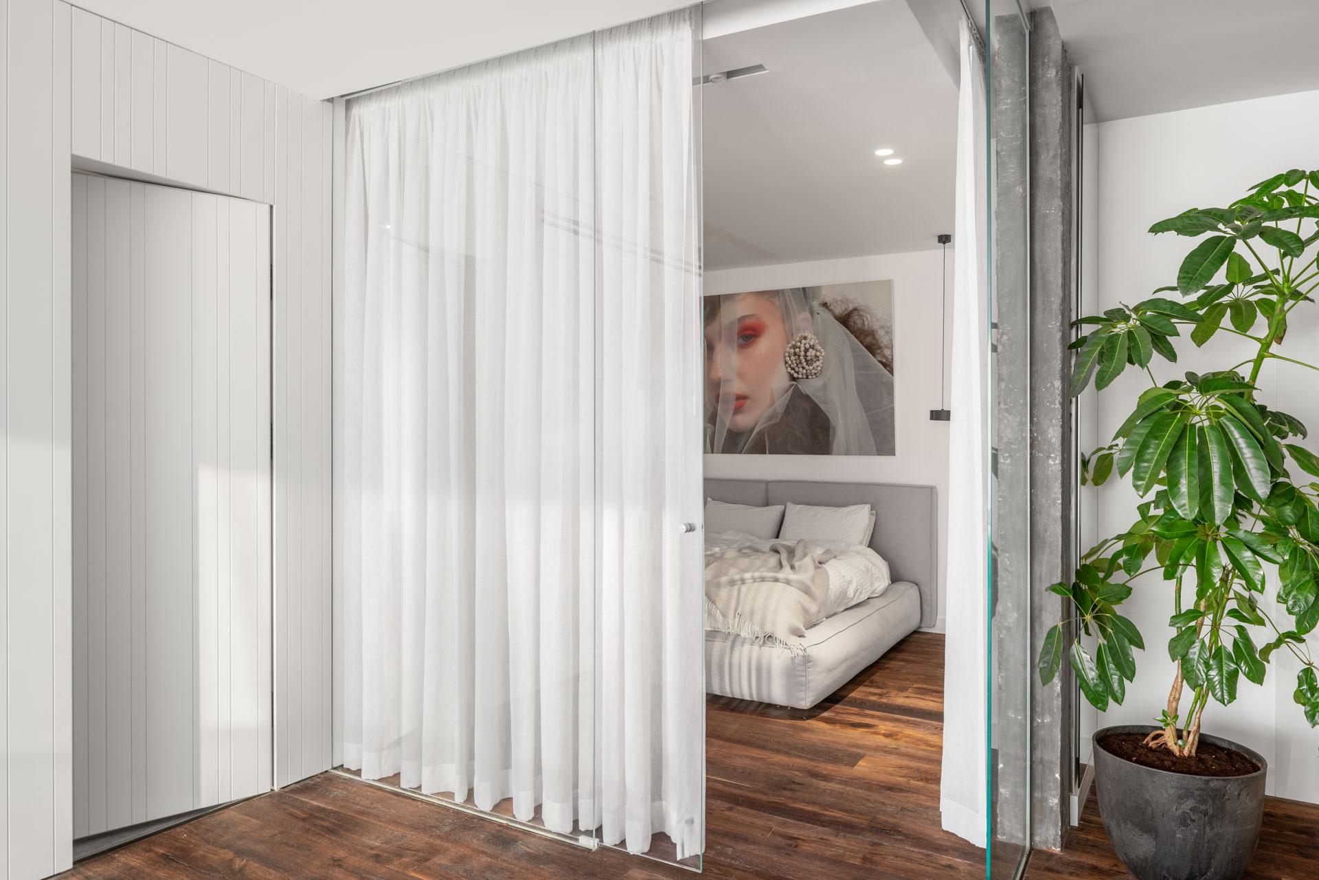 Peled-Studios-Two-Apartments_-572-HDR-copy-1
