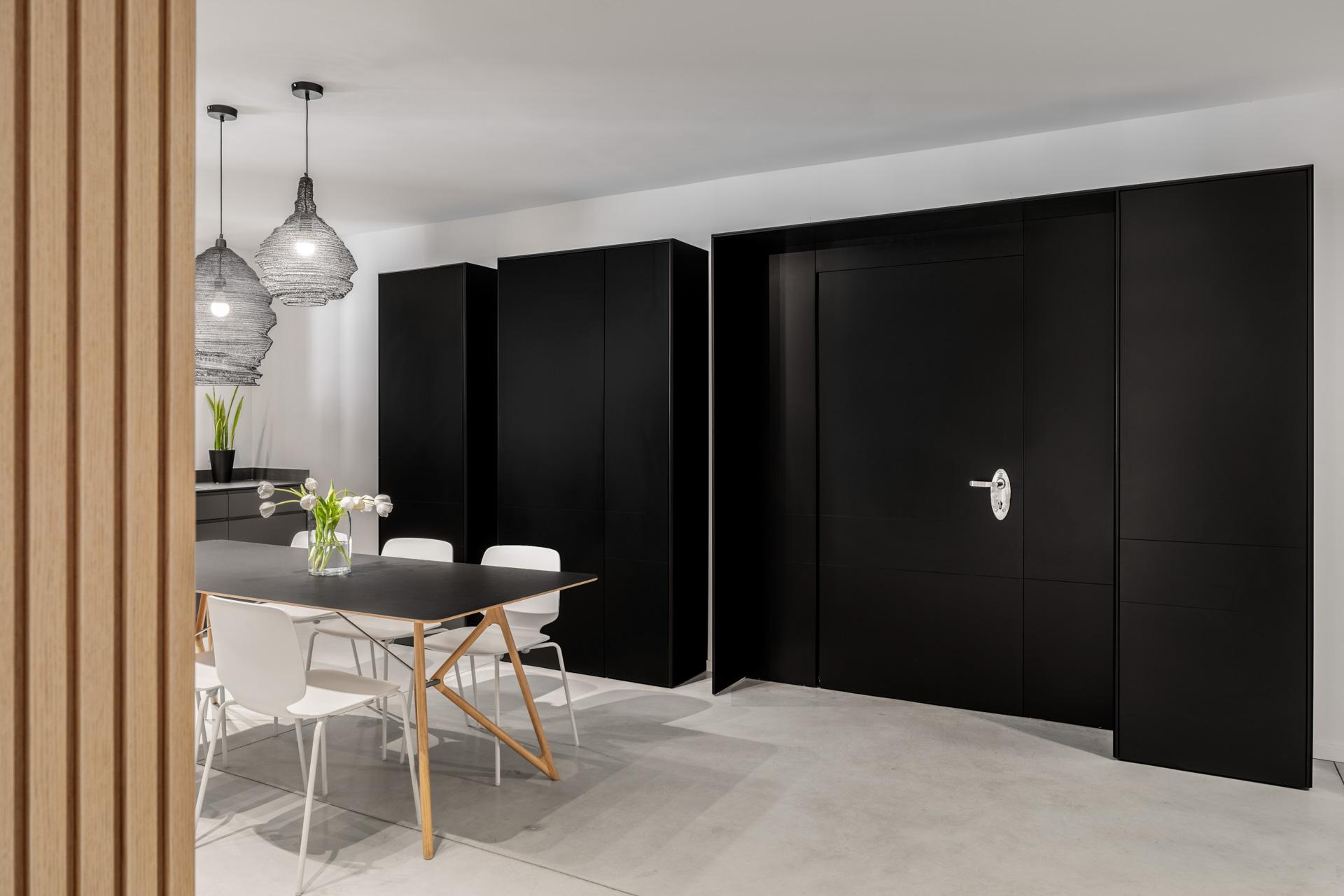 Peled-Studios-Two-Apartments_-83-HDR-copy-1